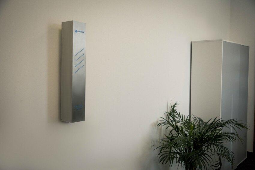 UNIZDRAV zárt germicid lámpa - falra szerelhető